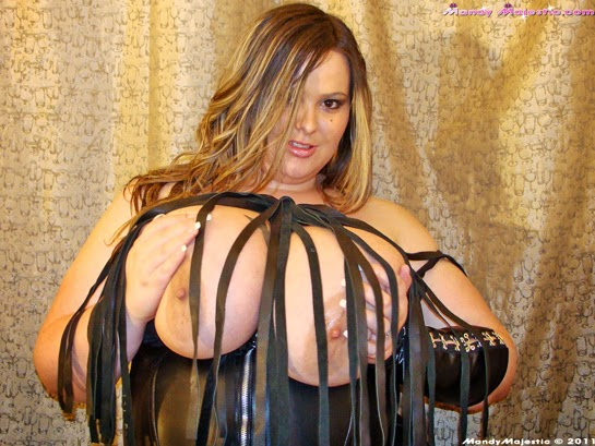 Messy Mandy At Delicious Babes Image 1