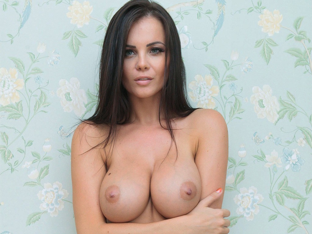 Emma Glover wallpaper